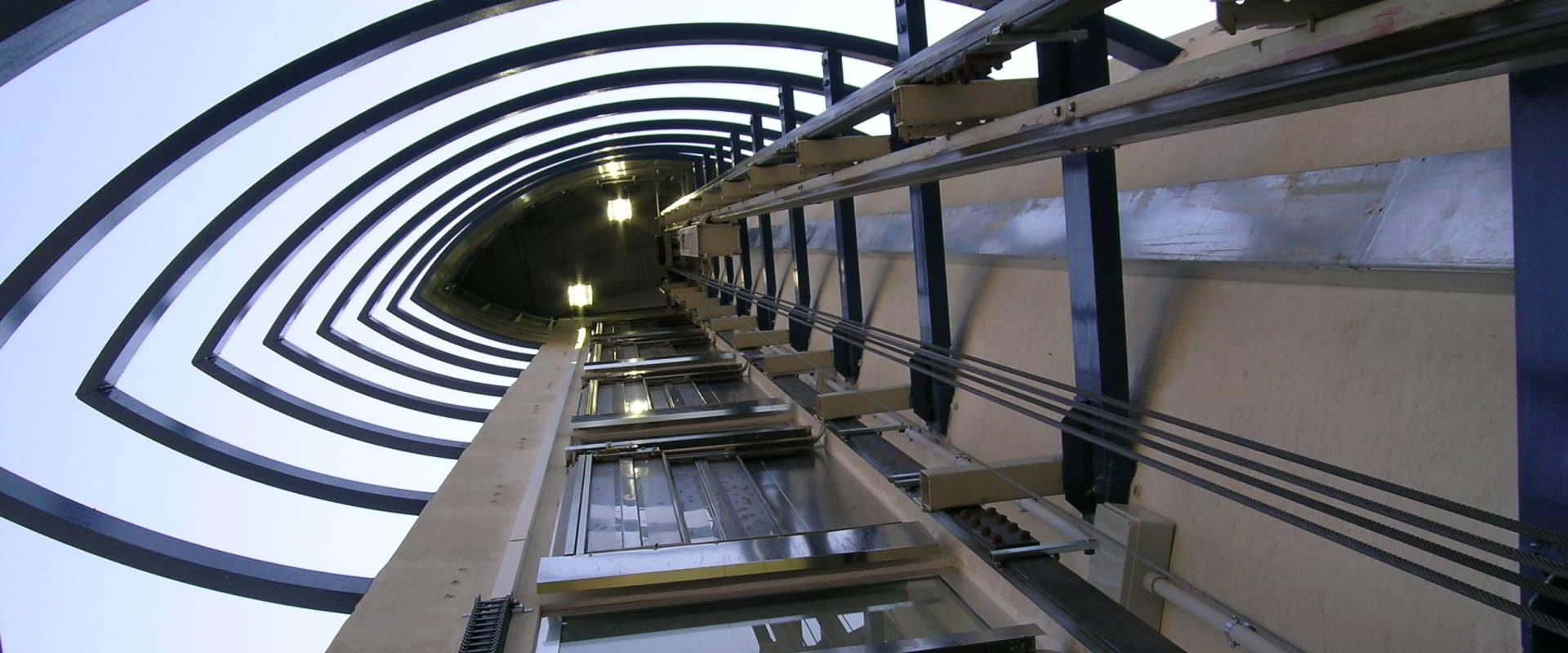Pisano Ascensori - realizzazione impianto